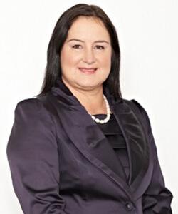 Dr Raewyn Teirney